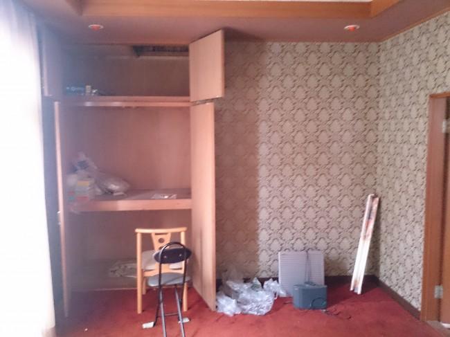 愛川町 G様邸 応接室床張替え工事 Before