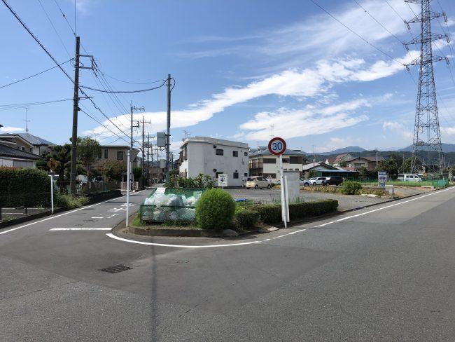 メゾン上菅原 駐車場